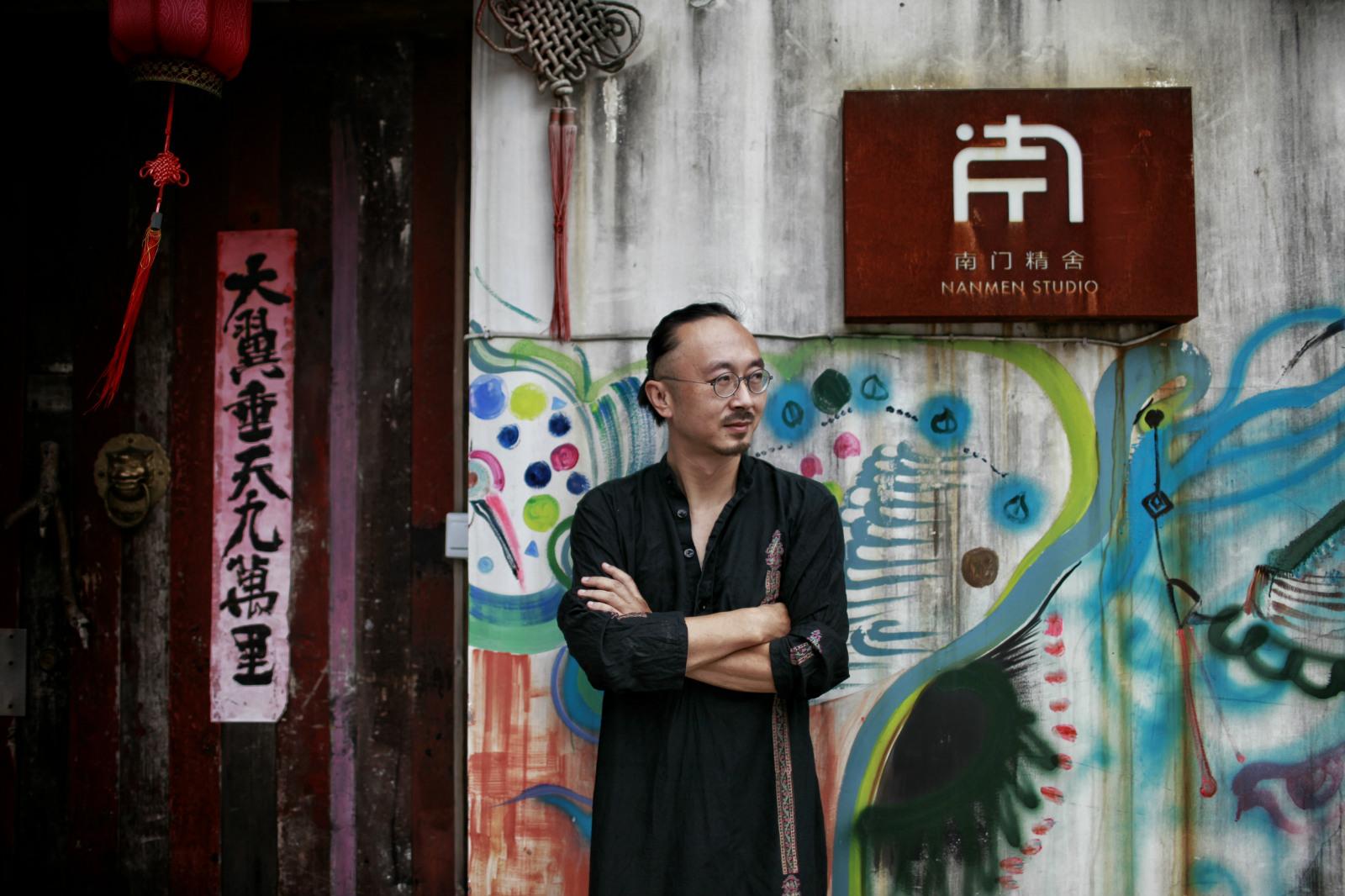 """90后最爱的书法家朱敬一:""""艺术平民化的最好方式,就是开个淘宝店"""""""