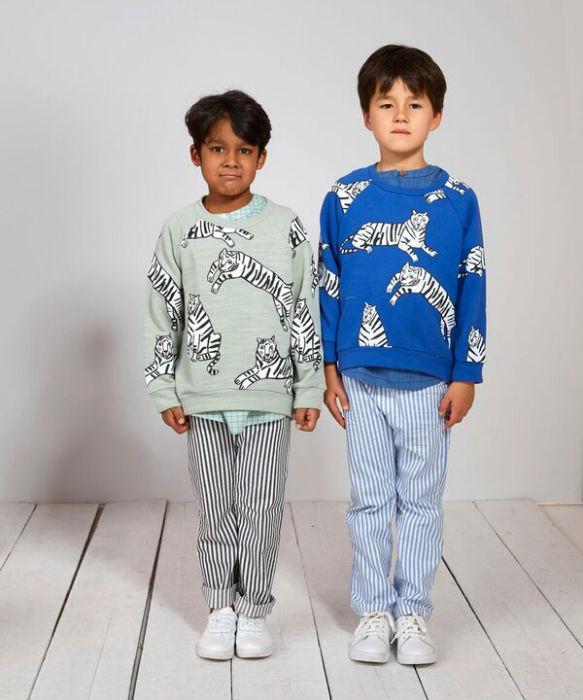 SS17_Blue__green_tiger_sweatshirt