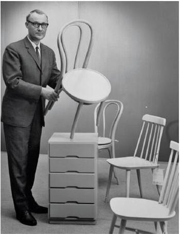 年轻时的坎普拉德与宜家家具
