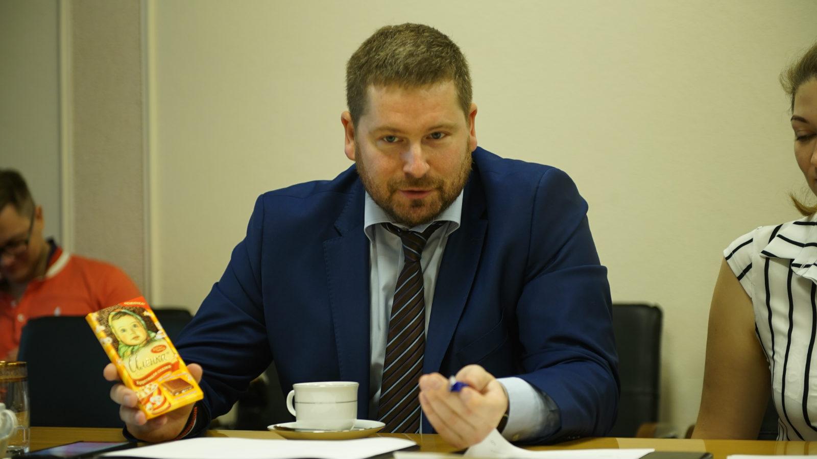 联合糖果主任有限公司的副总经理Alexey Nosenko谈与速卖通合作_meitu_9